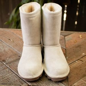 "BearPaw Elle Short Boots ""Off White"""